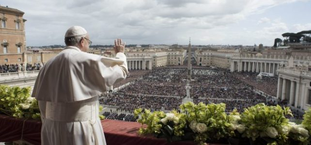 Pope says Easter's ultimate proof that 'our God is a God of surprises'